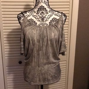 Tops - Grey and white waist cut blouse/very pretty